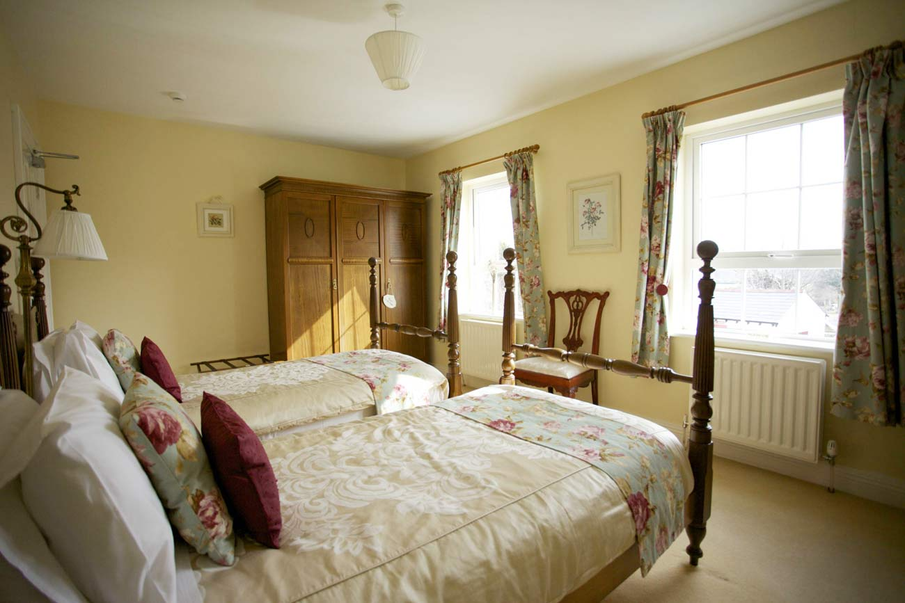 Glen House B&B Twin Room